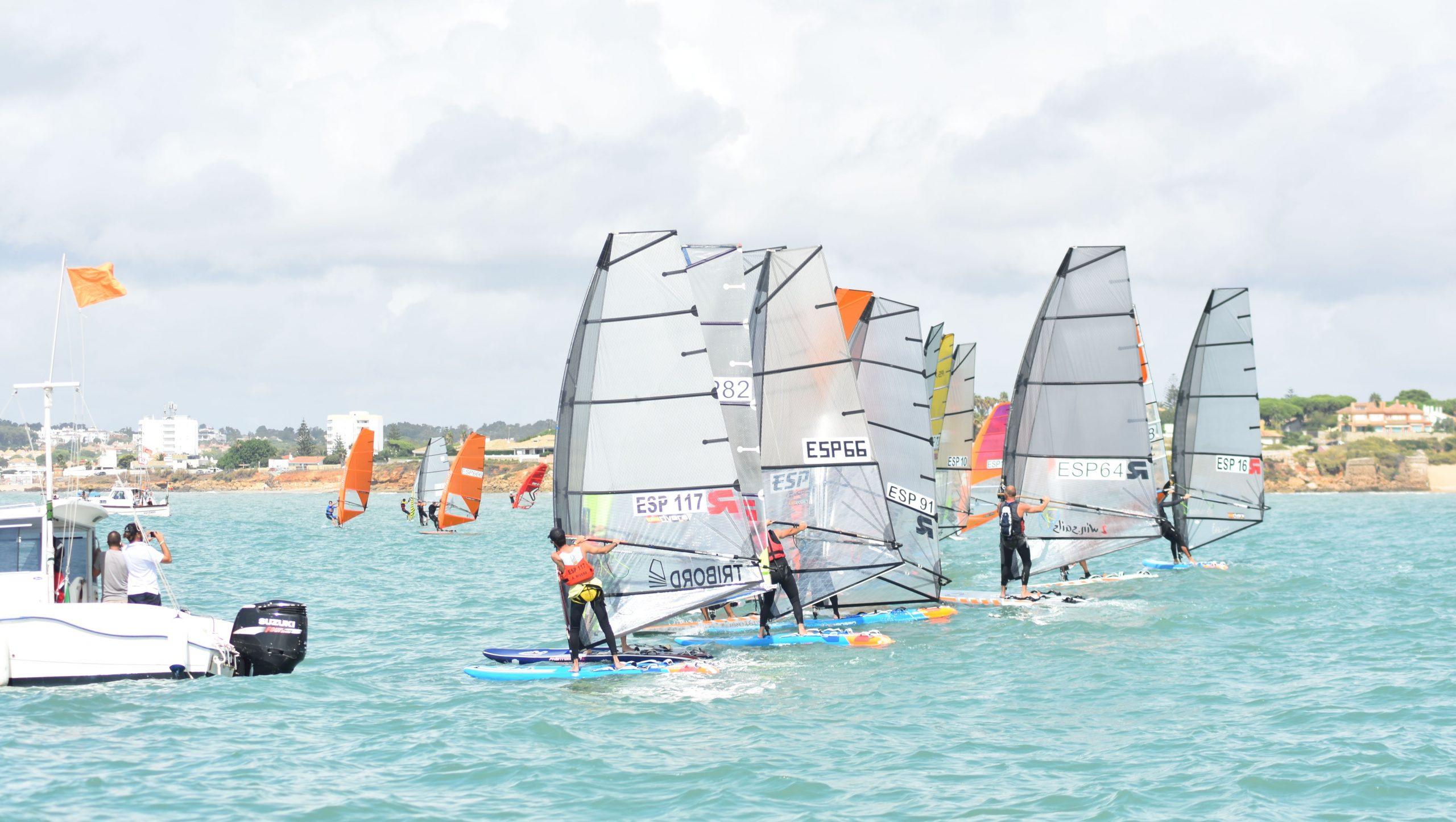 Copas De Andalucía De Europa, Finn, Windsurf Y Provincial De Optimist